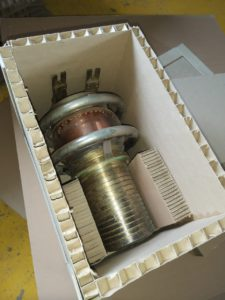 Коробка из сотопанели